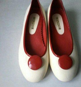 Новые туфли балетки из натуральной кожи
