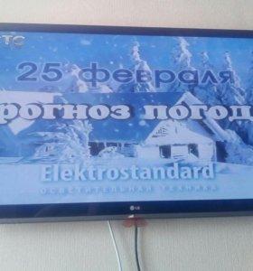 Телевизоз LG 107см