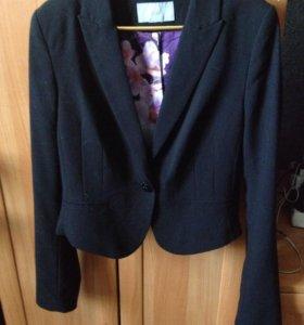 Укороченый пиджак H&M