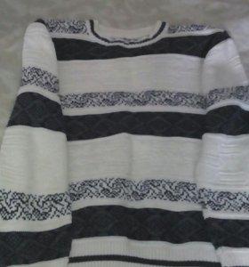 Два свитера для мальчика