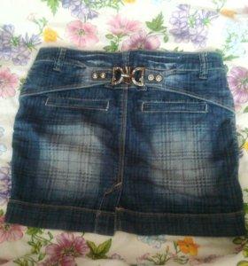 Джинсовая юбка, размер приблезительно 42-44