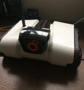 Робот с камерой