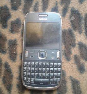 Мобильный кнопочный телефон
