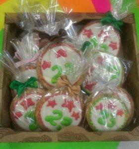 Имбирное печенье, пряники.