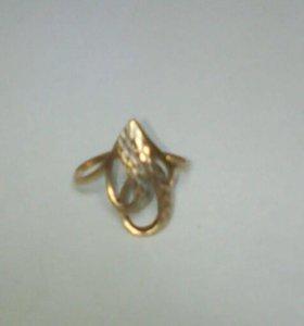 Золотое кольцо 19 размер