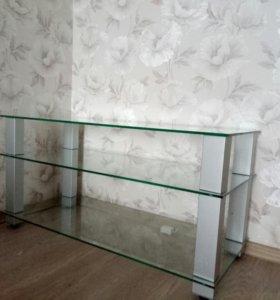 Стеклянный стол-тумба под телевизор