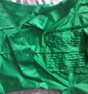 Блуза атласная зеленая