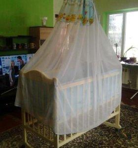 Детская кроватка. (Укомпликтованая)