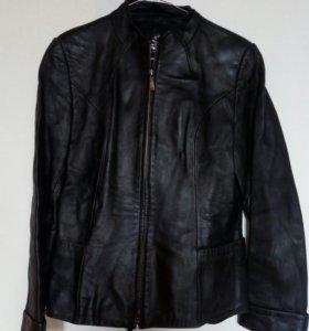 Кожаный пиджак на девушку
