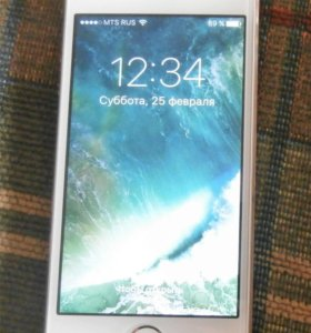Продам IPhone 5s gold, 16gb.
