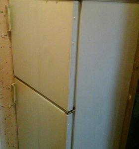 Двухкамерный холодильник Бирюса-22.