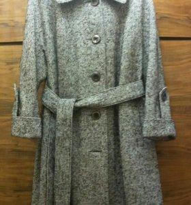 Пальто новое женское демисезонное - размер 60