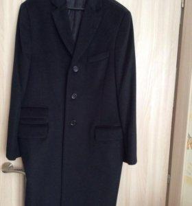 Новое мужское пальто
