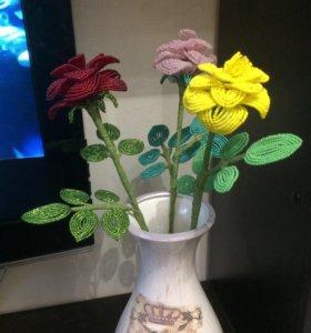 Продам букет роз из бисера.
