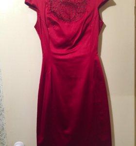 Платье. 42-44.