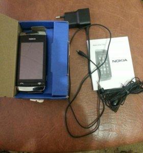 Телефон Нокиа Аша-305