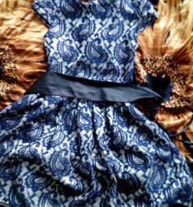 2 платья для девочек гипюровое