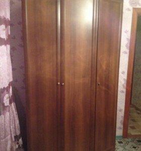 """Угловой шкаф для одежды и белья """"Соната"""""""