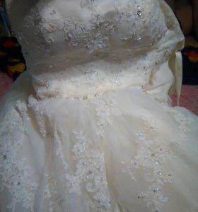 Свадебное платье р-р 42