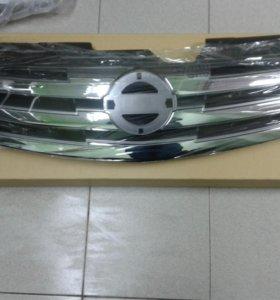 Решетка радиатора на Nissan Almera