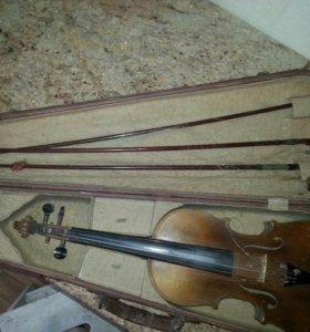 Скрипка в чехле, в комплекте три смычка, струны