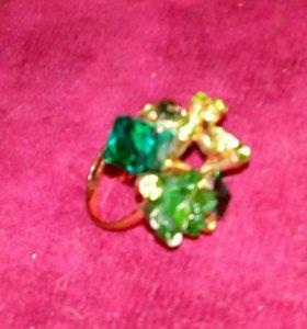 Перстень ( бижютерия)