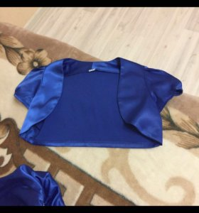Платье нарядное (на 8-10 лет)