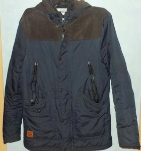 Осенняя куртка (парка) 46 разм.