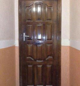 Двери входная и межкомнатные б/у