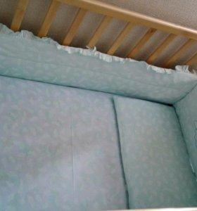 Кроватка- маятник с фиксаторами