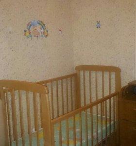 Детская кровать -маятник