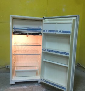 Холодильник Бу Бирюса