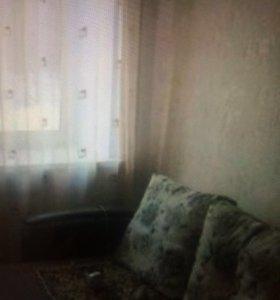 Продам комнату в общежитие в центре .