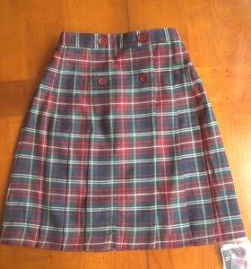 Новая школьная юбка-шотландка.