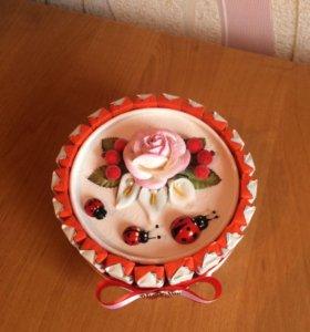 Торт из киндера и рафаэлло