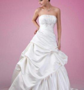 Свадебные платья на продажу и на прокат