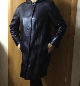 Плащ-пальто с капюшоном