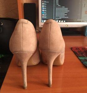 Туфли бежевые замш