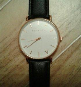 Часы наручные,новые!