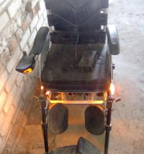 Электрическая инвалидная каляска