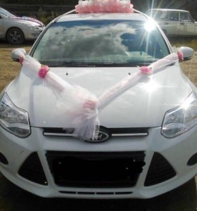 Свадебное украшение на главную машину