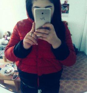 Новая куртка,осень - весна!