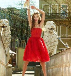 Новое платье Befree р-р 36 (42-44)
