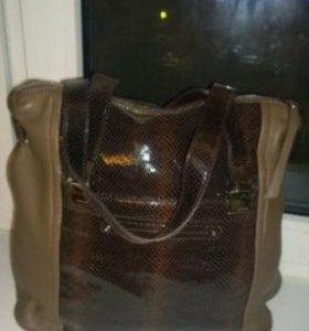 Новая кажаная сумка
