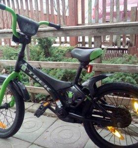 Велосипед 3,6лет
