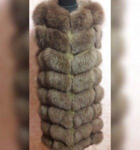 Меховая жилетка из песца натуральная 90 см