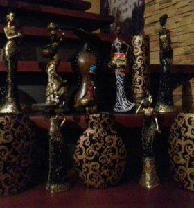 Статуэтки и вазы африканский стиль