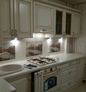 Шкафы и кухни