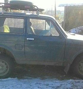 Автомобиль ВАЗ 2121