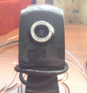 Продам веб-камеру встроеный микрофон